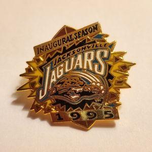 1995 Jacksonville Jaguars Lapel Pin NFL Souvenir